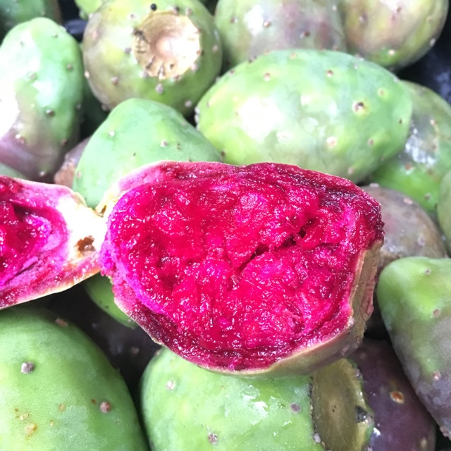 red cactus pear how to eat