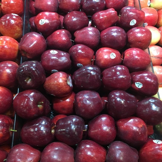 Red Delicious Apples Information Recipes And Facts